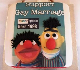 web-gay-cake
